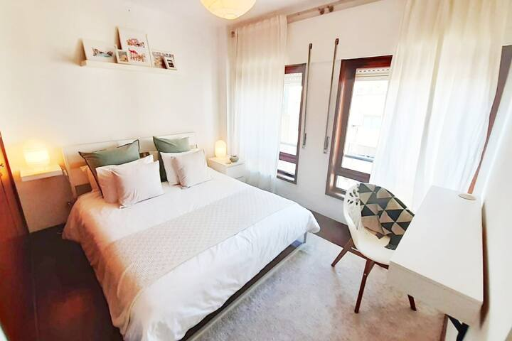 Double room w/private bathroom in a cozy apartment