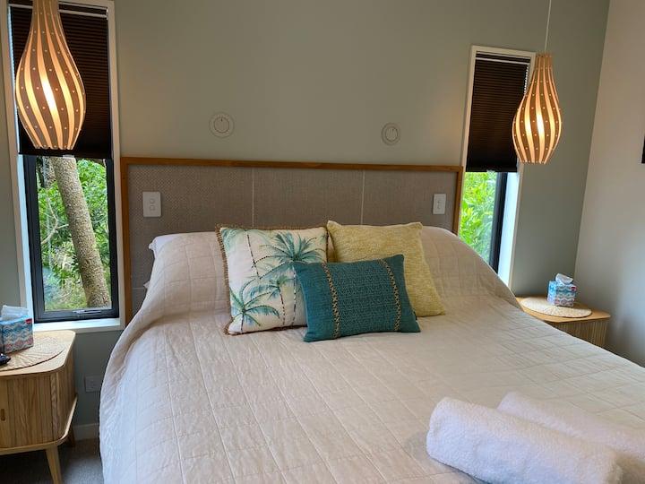 The Bay House Beachside Garden Suite 3