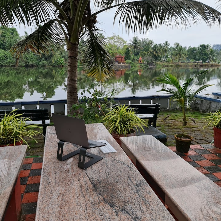Muralee's Riverside Retreat in Kochi