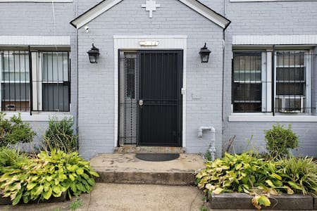 """Front entry door 36"""" wide, pathway to step 8"""", step inside 6"""" tall."""
