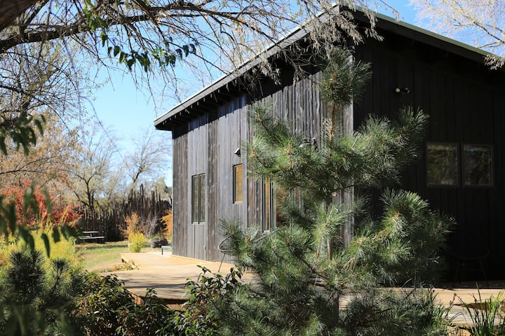 ~ The Treehouse ~ A Rejuvenating Taos Experience