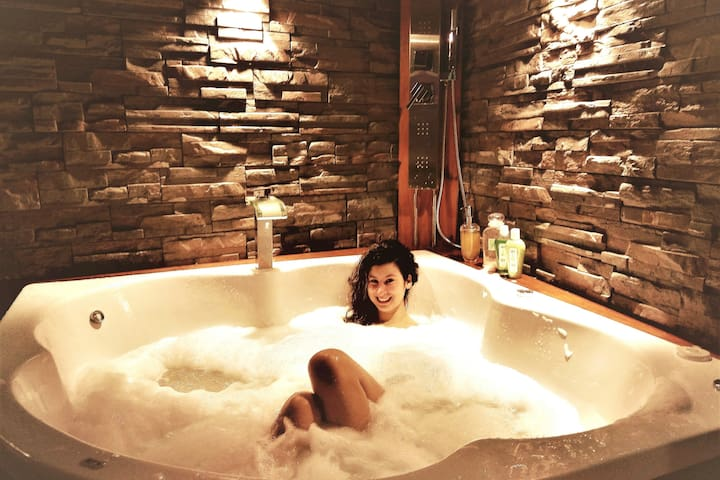 PRIVATE JACUZZI♥SPA♥COUPLES♥PALERMO SOHO♥BEST LCTN