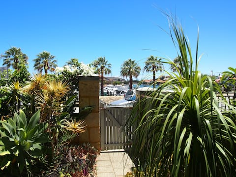 North Gallery, Mindarie. A home with a view