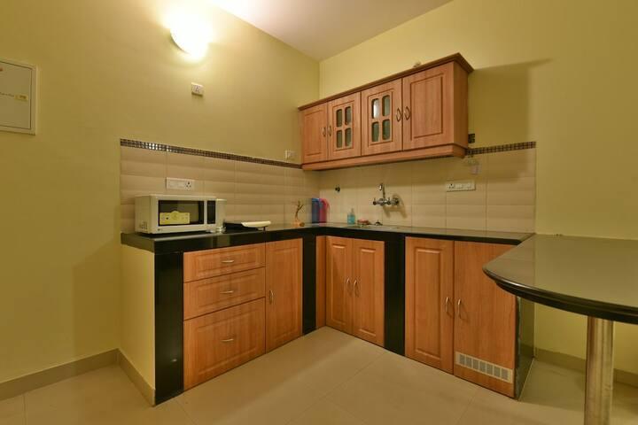 Menino's beach-side Apartment