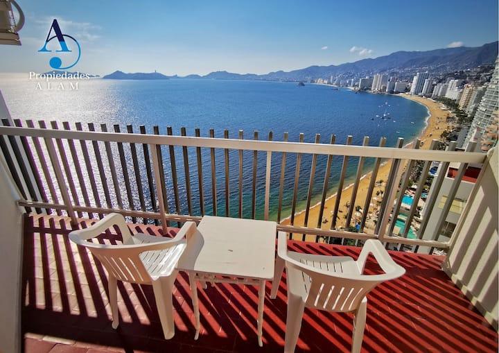 Vista espectacular, acceso a playa y piscina24