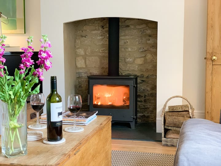Jasmine Cottage, Charlbury (Cotswolds) - sleeps 8