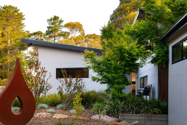 Casa Lagrima | Daylesford Retreat with Jacuzzi!