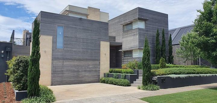 Barwon Heads luxury resort living