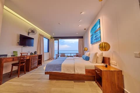 Deluxe Ocean View Room  at Agnus Luxury Villa
