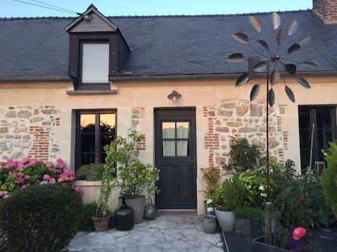 Habitación doble en una encantadora casa en el campo
