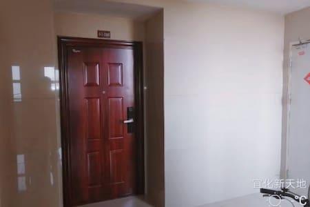 宽敞的入户门