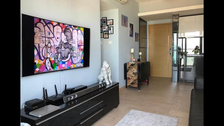 New apartment, close to airport, expo & DisneyLand