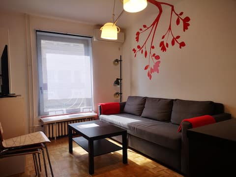 Hoo Hoo Apartment, 150m to the central square