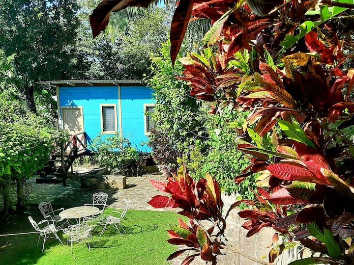 Cerro Cahui Guesthouse Bungalow Azul