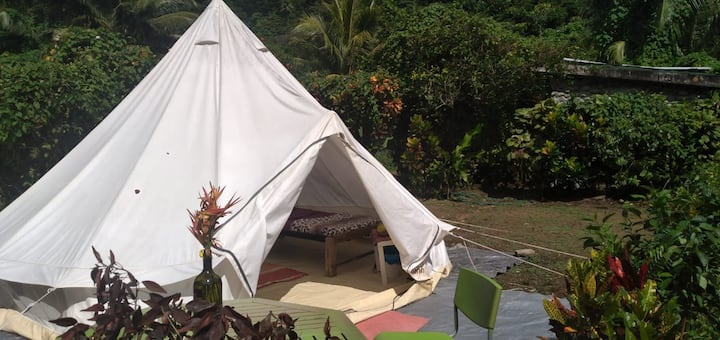 3 Rivers Eco Lodge LARGE Tipi tent, 2 beds