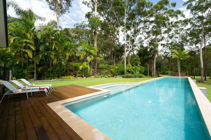 Own 25M Pool, A/C, WIFI, Fire Pit, 2.5 Acres