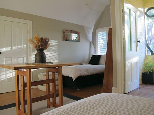 Twin bedroom has a small verandah