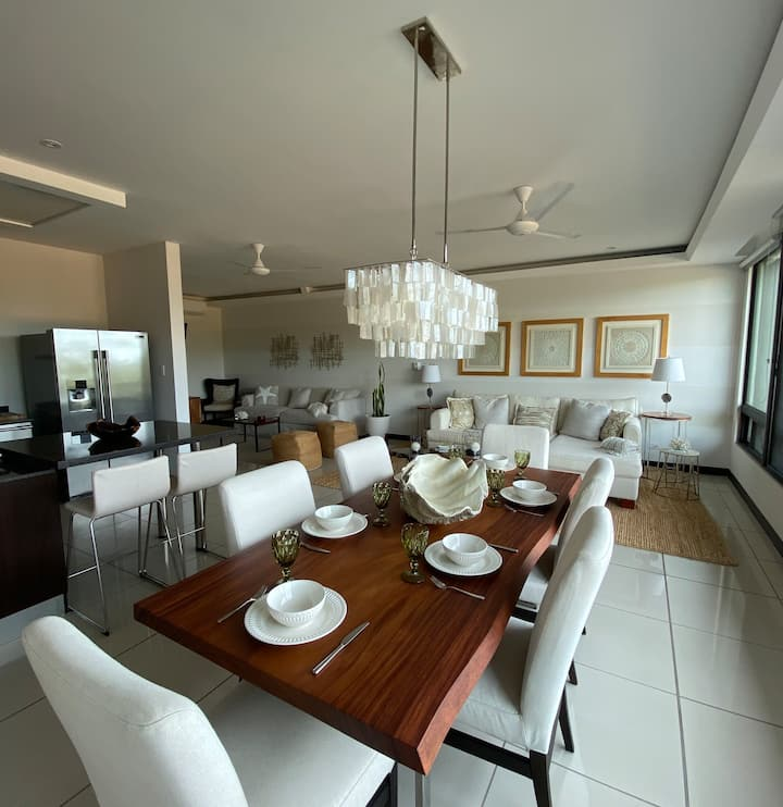 Luxury Apartment walking distance to the beach