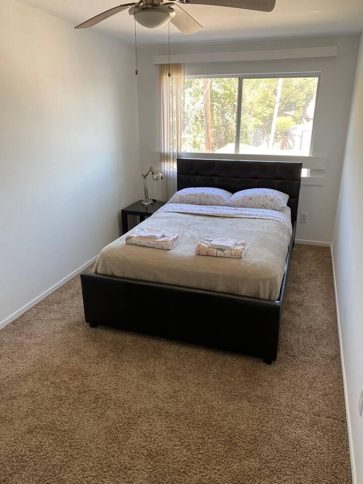 MapleWood Room 4