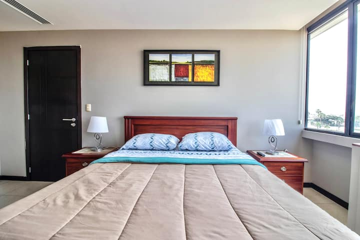 Luxury Apartment Bellini, Puerto Santa Ana-Airport