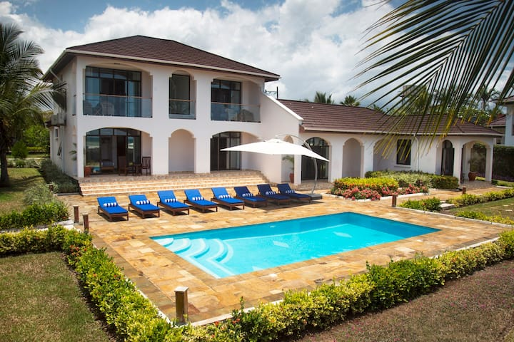 Kena Beach Villas