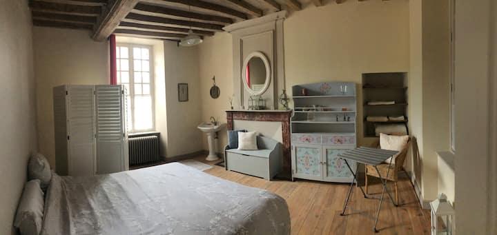 Chambre sérénité à Falaise Normandie Calvados