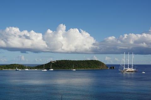Oceanfront Luxury Guest Room - La Mer