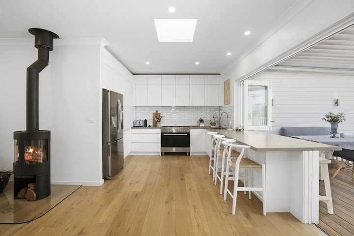 500m to beach renovated perfect for 2 families