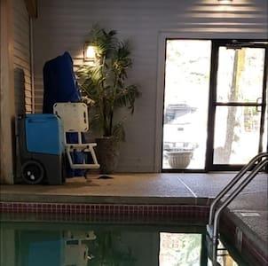 Bazén s bazénovým zdvihákom