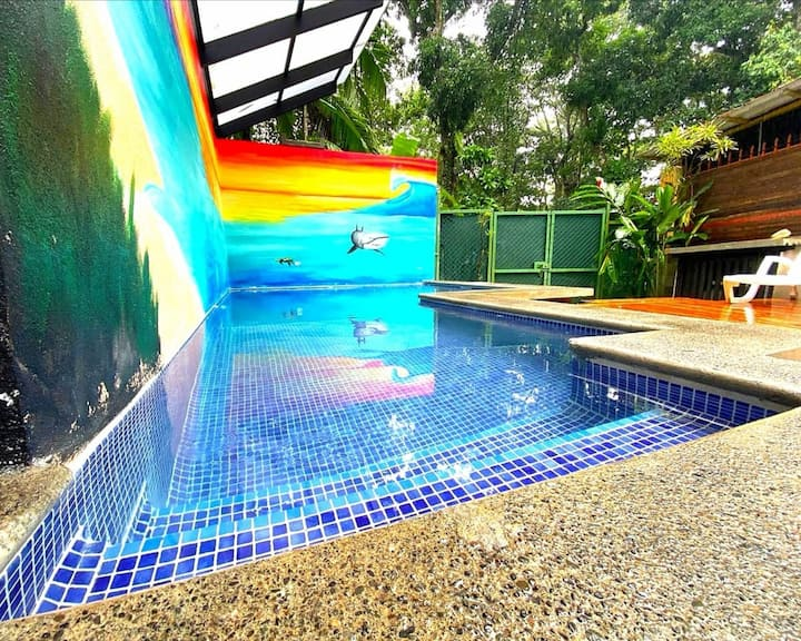 Jungle Beach House with private pool. WALK 2 beach