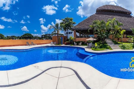 Apt. with Swimming Pool just12 min from the Beach