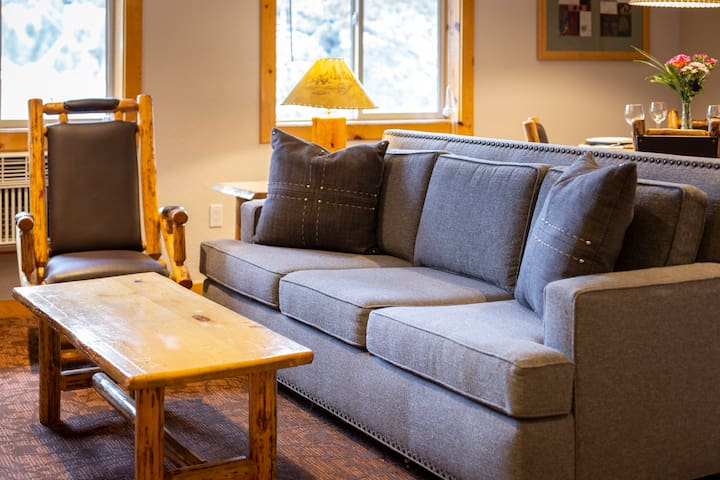 Four Seasons of Fun in Squaw Valley - 2BR