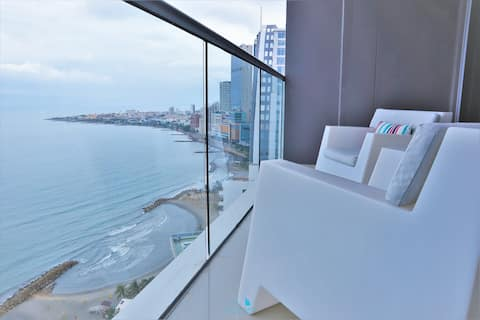 Unparalleled View - Close to Downtown !!