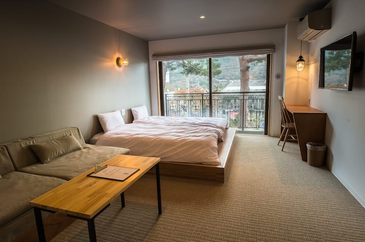 Twin Room for 1, w/ Onsen,Only 1 min from Gora sta
