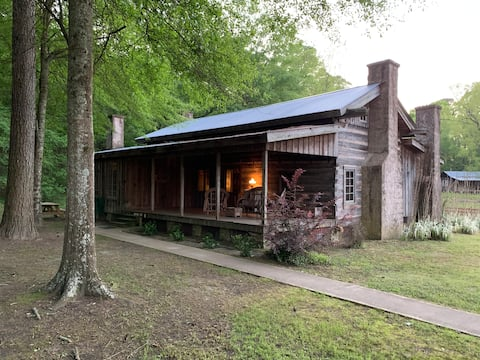 Old Washington Farm Stay-178 Yr Old Historic Cabin