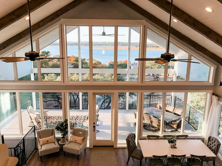 Dockside Daphne ~ Private Waterfront ~ Lake House