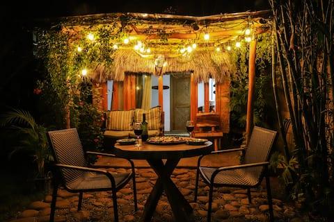 Cabaña escondida, En Villa Aloha
