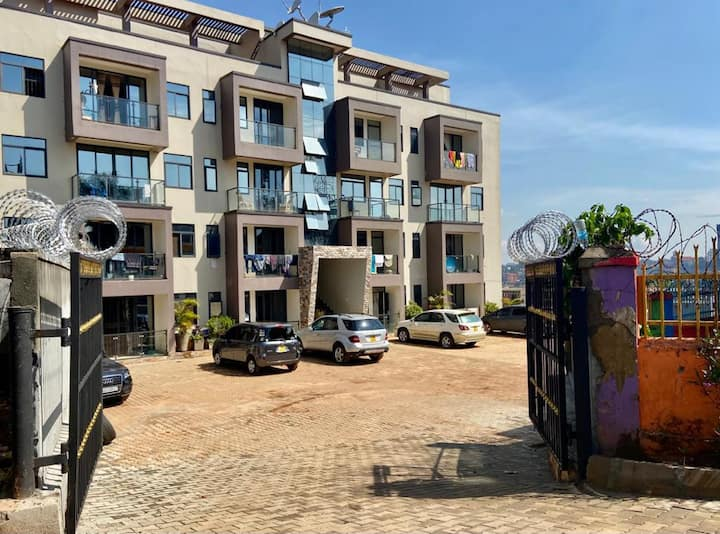 Deluxe City2 Apartment*Namirembe Rd. Unlimtd WIFI.