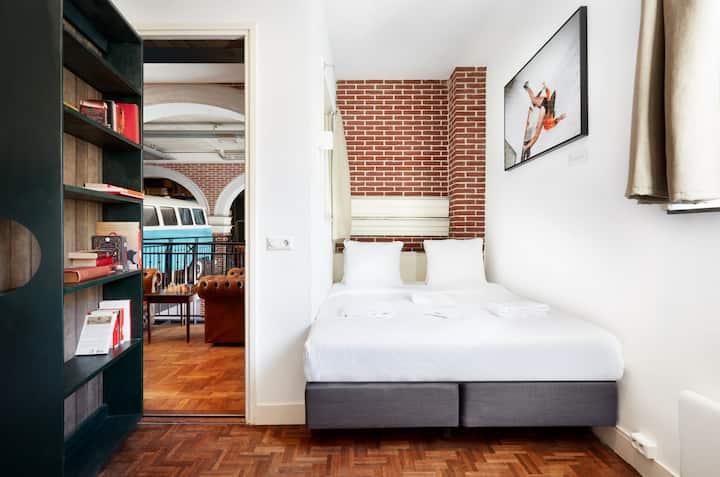 Hotel Not Hotel: Secret Bookcase XL