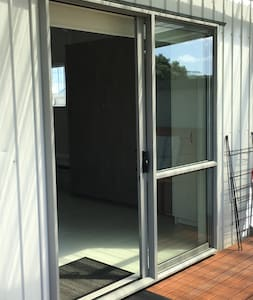 "The entrance from the deck to the studio is 32"" (81cm) wide and is suitable for accessibility purposes."