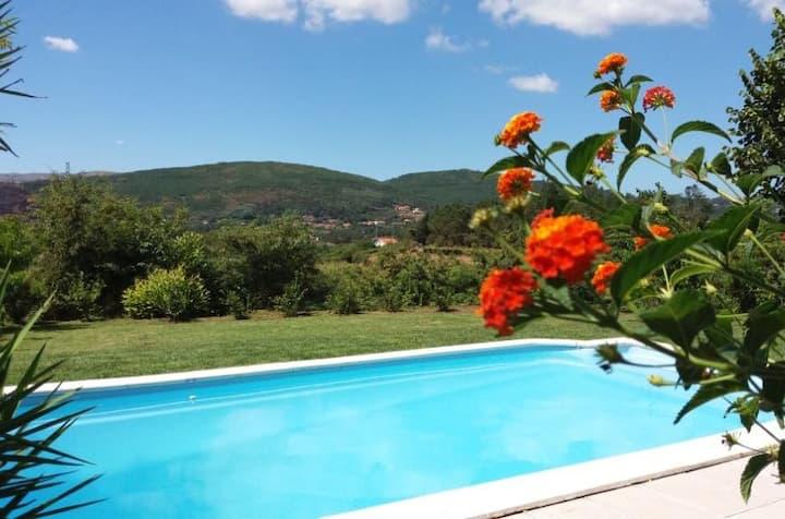 Carissa Villa, Rubiaes, Paredes de Coura