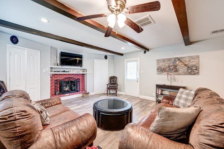 Beautiful Home in Memorial Spring Branch-W Houston