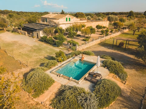 Stunning Finca to disappear surrounded by nature