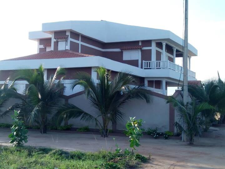 Villa familiale en bord de mer