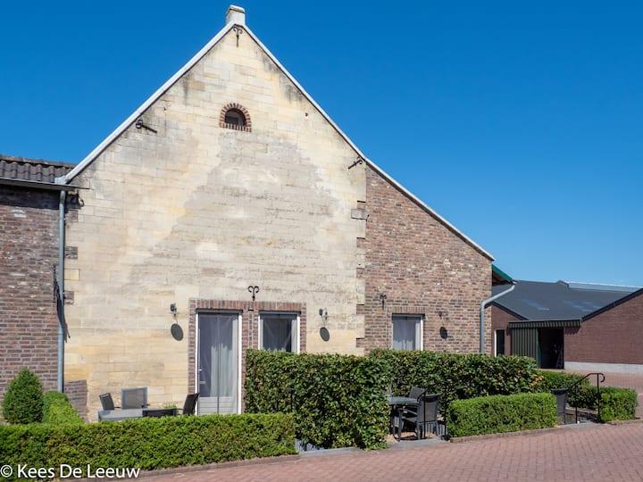 Logeren bij Laura nr.1 slapen in landelijk Limburg