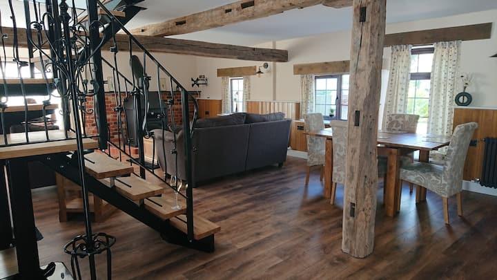 Stunning newly renovated characteristic cottage