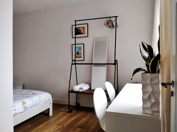 Spacious room in stylish renovated apartment