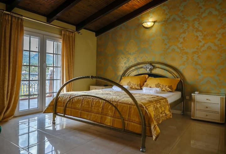 Liberis Luxury Loft Suite