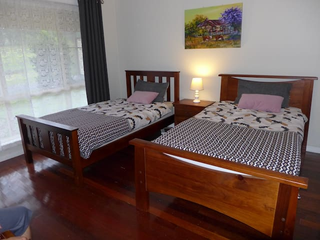 Bedroom 2    2 x King Singles