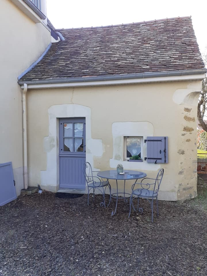 studio near le mans, near circuit for 2 pers
